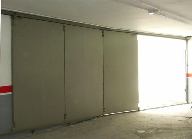 Deslizante garaje 3 hojas giratoria o en escuadra automática (e3122)